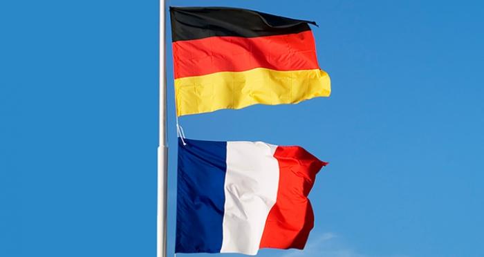 drapeaux-allemand-et-francais.jpg