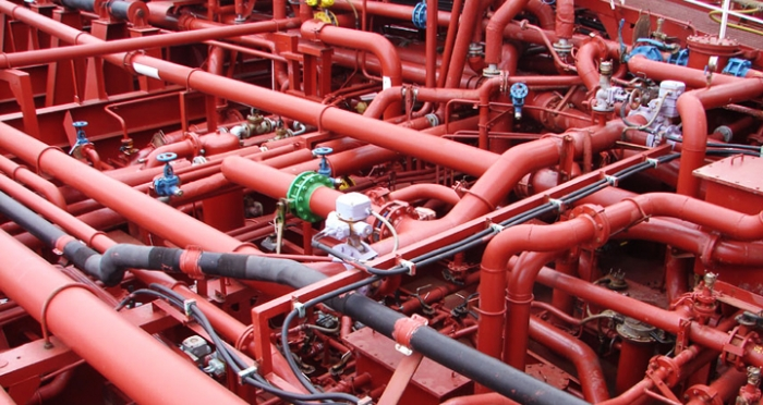 piping_system_on_a_chemical_tanker.jpg