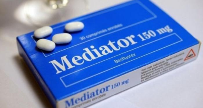 une-boite-de-mediator-1_2444407-b.jpg